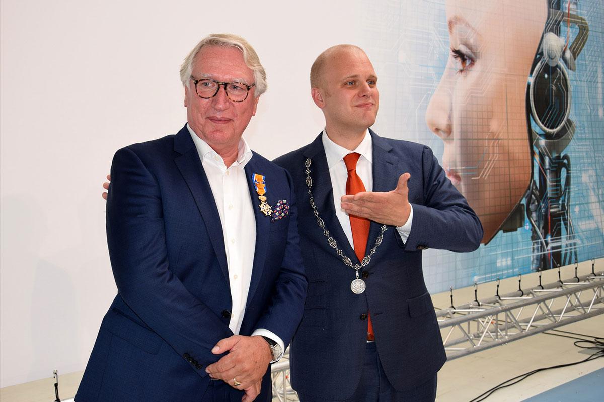 Koninklijke onderscheiding Carel van Sorgen, eigenaar 247TailorSteel